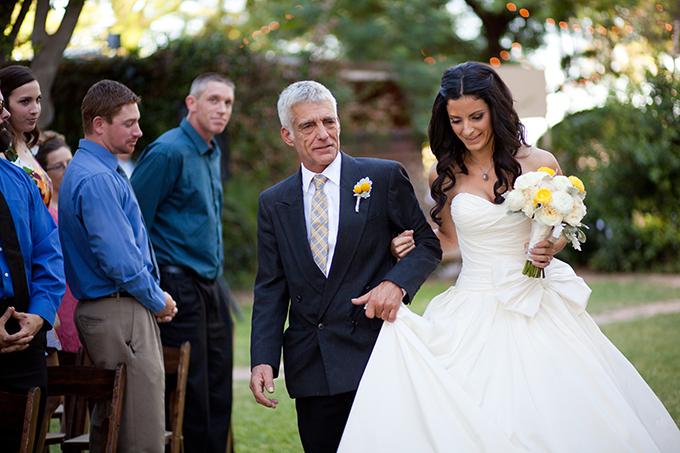 romantic yellow farm wedding | Stacy Kokes Photography | Glamour & Grace