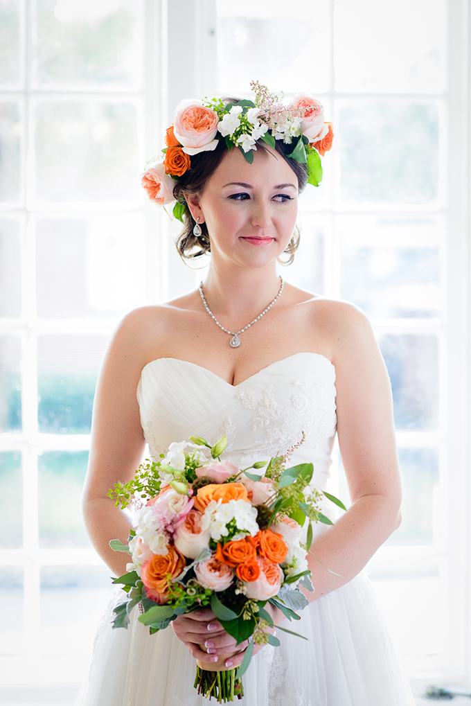 orange bouquet and floral crown | The Veil Wedding Photography | Glamour & Grace