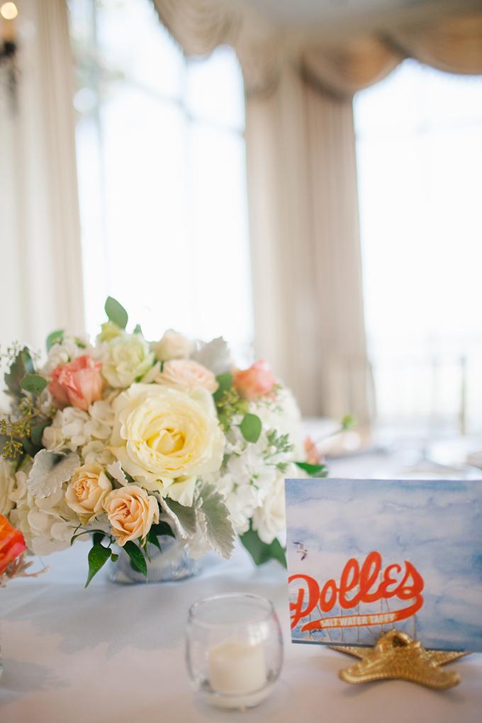 peach centerpieces | Kristin Moore Photo | Glamour & Grace