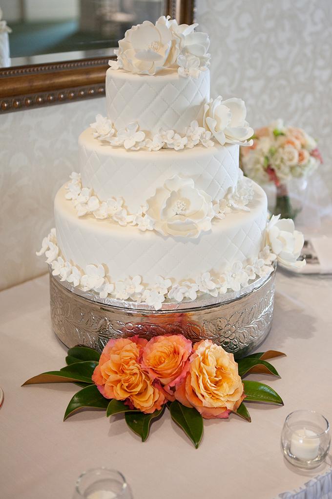 white peony cake | Kristin Moore Photo | Glamour & Grace