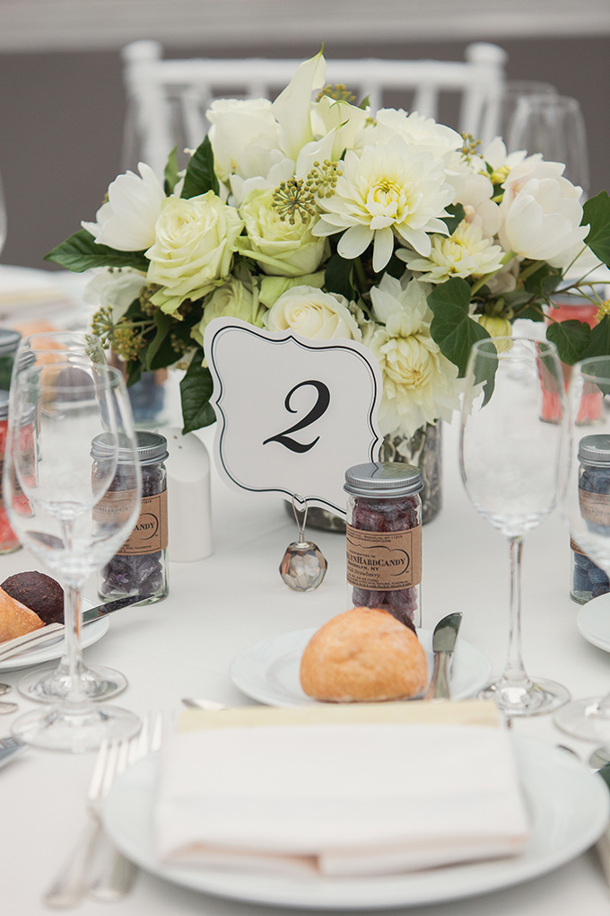 white centerpieces | Kimberly Salem Photography | Glamour & Grace