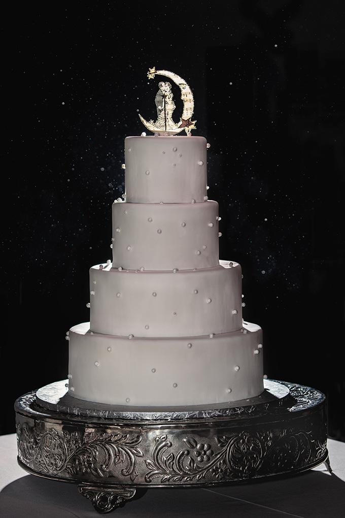art deco cake   Kimberly Salem Photography   Glamour & Grace