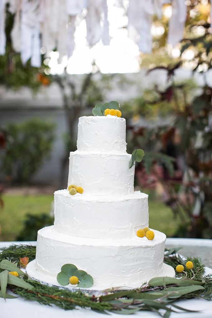 white buttercream cake | Lovers of Love | Glamour & Grace