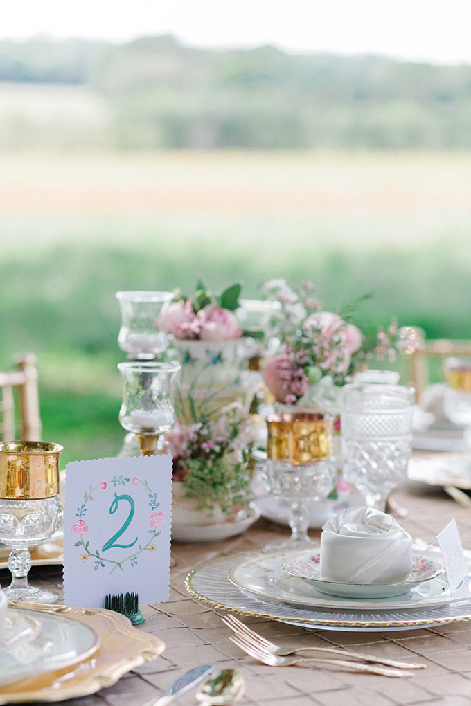 vintage centerpieces | Catherine Ann Photography | Glamour & Grace