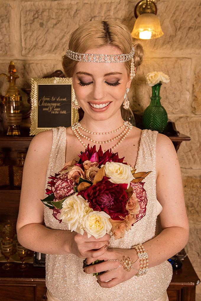 burgundy bouquet | Catch Studio | Glamour & Grace