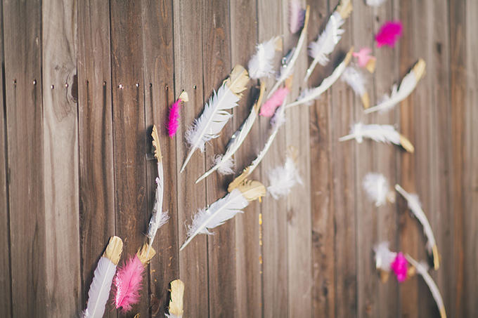 painted feather backdrop | Alexandra Wallace | Glamour & Grace