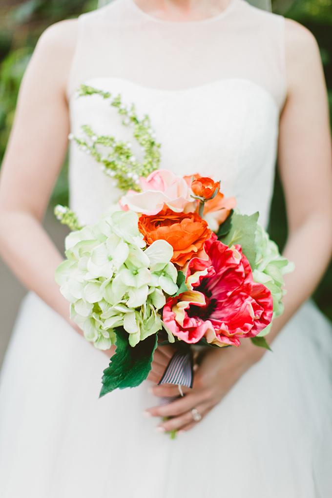 colorful bouquet   Kaytee Lauren Photography   Glamour & Grace