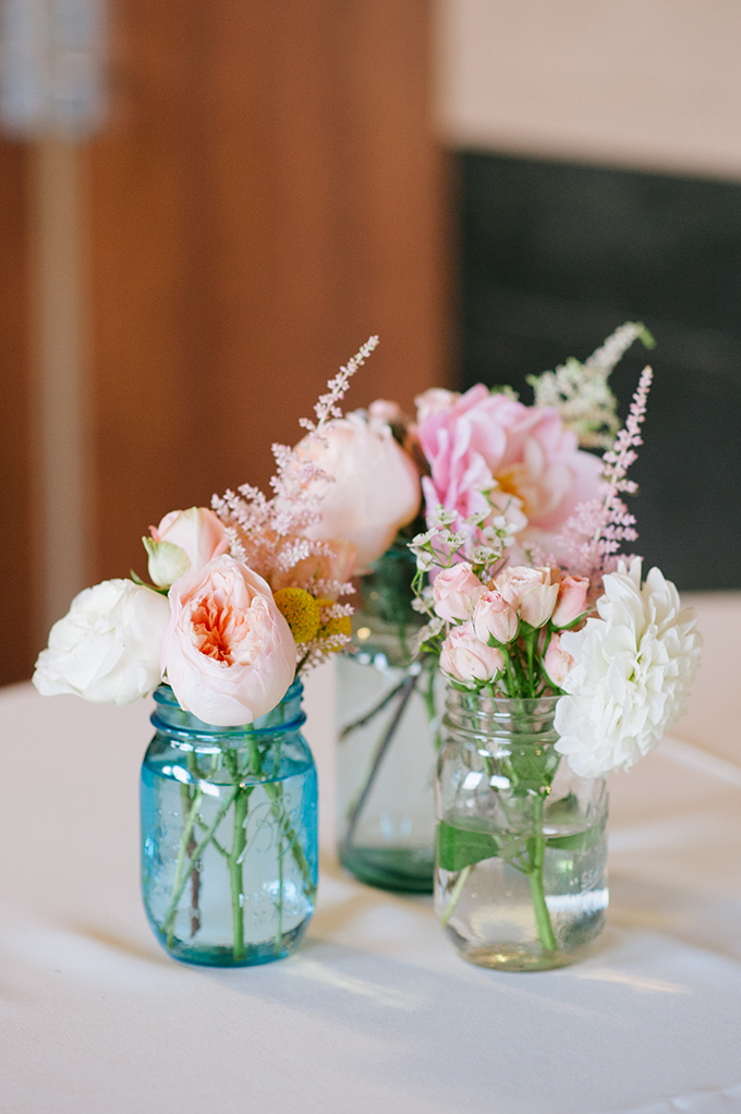 rustic blush centerpieces | Candi Coffman Photography | Glamour & Grace