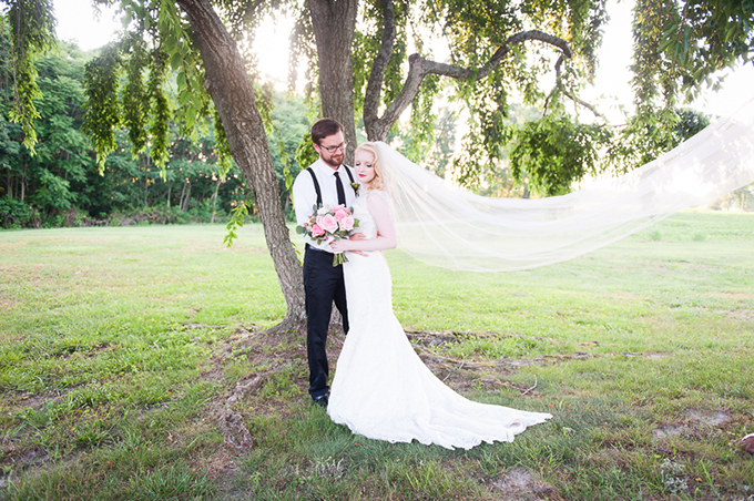 southern summer wedding inspiration | Desjar Photography | Glamour & Grace