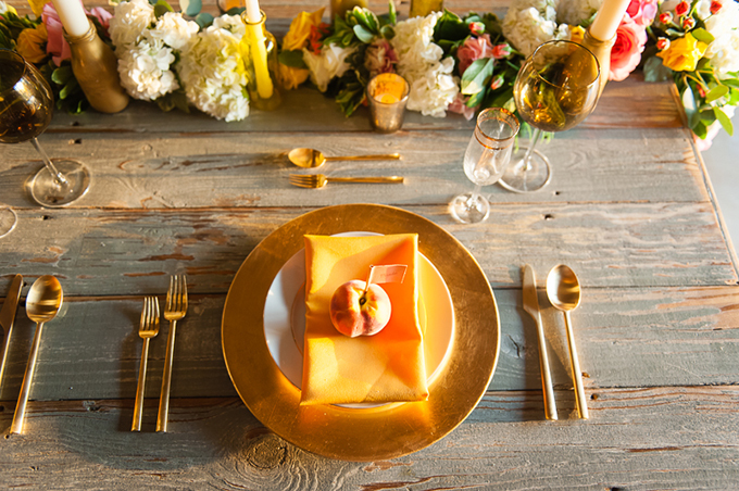 peach place setting | Desjar Photography | Glamour & Grace