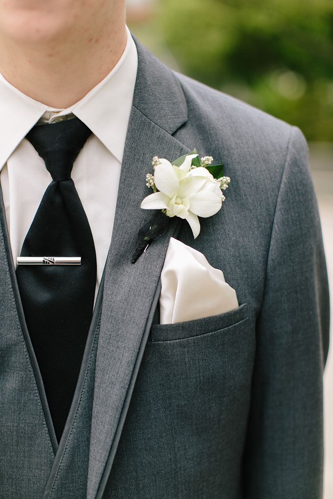 classic white bout | Jamie Delaine Photography | Glamour & Grace