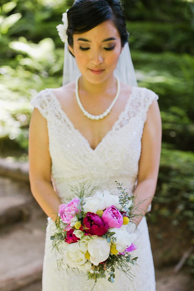 peony bouquet | Jasmine Lee Photography | Glamour & Grace