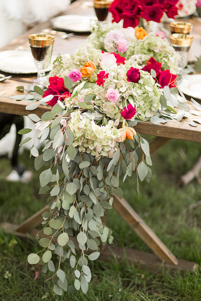 greenery and floral centerpiece by Posy | Style & Story Creative | Glamour & Grace