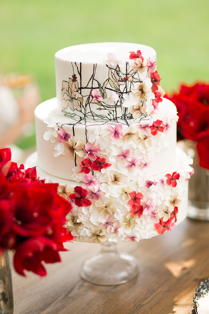 painted floral cake by Miam Cake | Style & Story Creative | Glamour & Grace