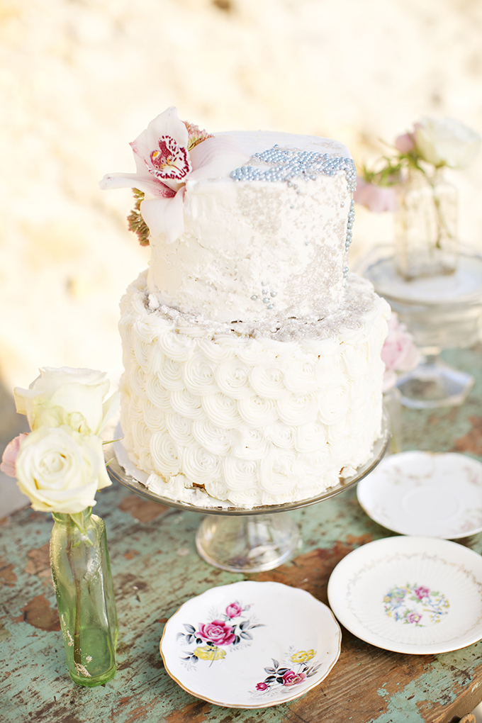 vintage nautical cake | Brooke Beasley Photography | Glamour & Grace