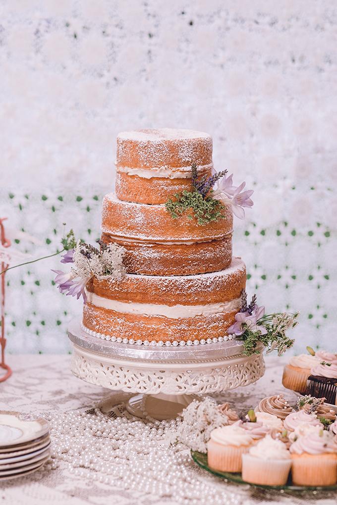 rustic naked cake | sharon elizabeth photography | Glamour & Grace