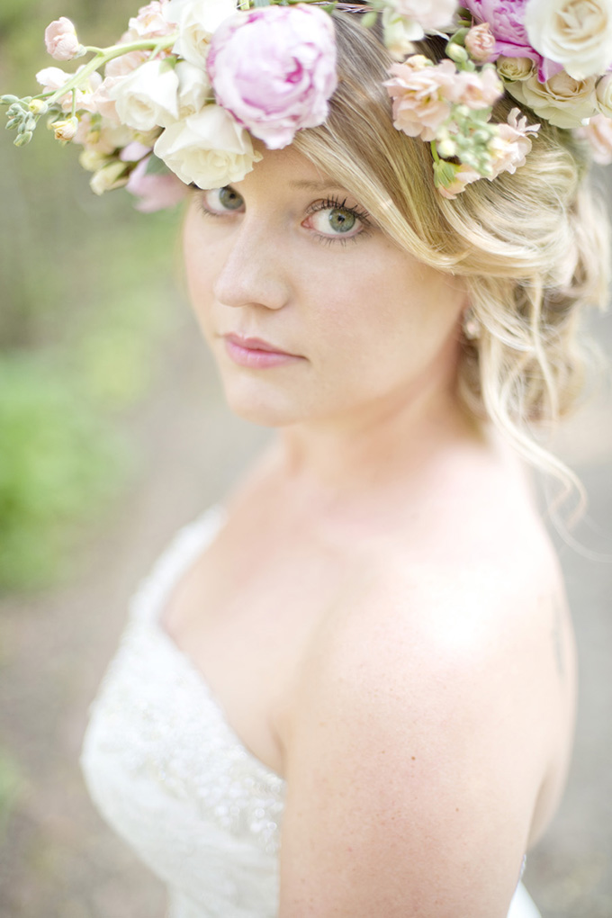 floral crown | Casey Rose Photography | Glamour & Grace