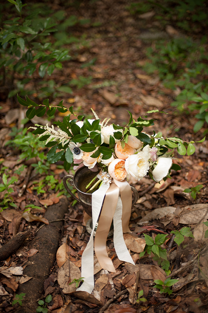 romantic bouquet | Stephanie A Smith Photography | Glamour & Grace