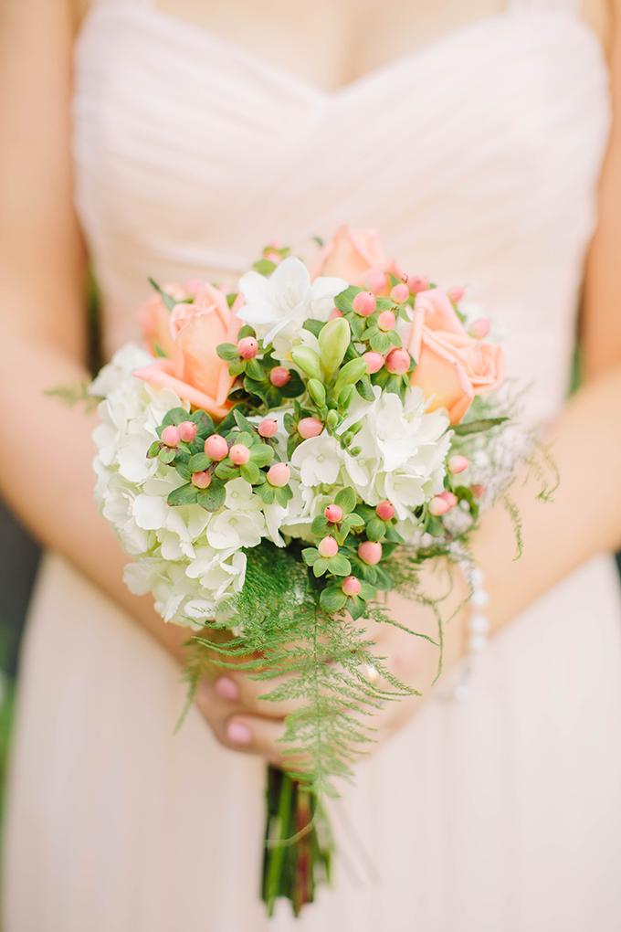 peach bridesmaids bouquet | Courtney Stockton Photography | Glamour & Grace