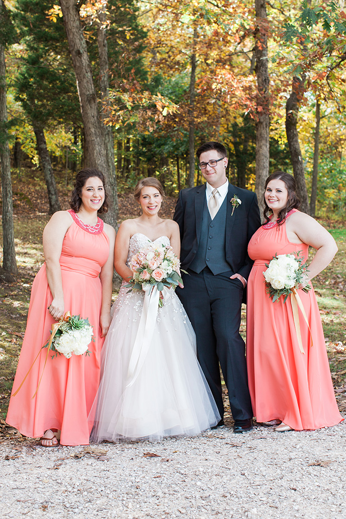 coral bridal party | Laura Ann Miller Photography | Glamour & Grace