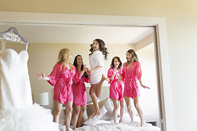 bridal party fun | Courtney Bowlden Photography | Glamour & Grace
