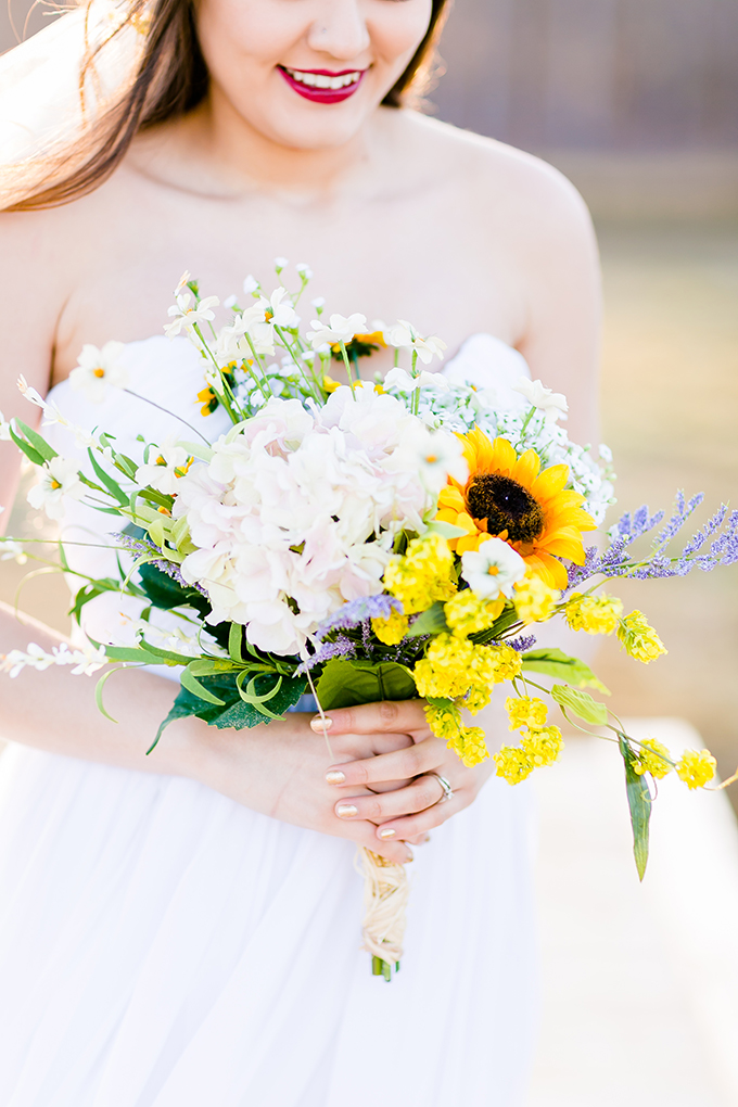 wildflower spring bouquet | Heather Chipps Photography | Glamour & Grace