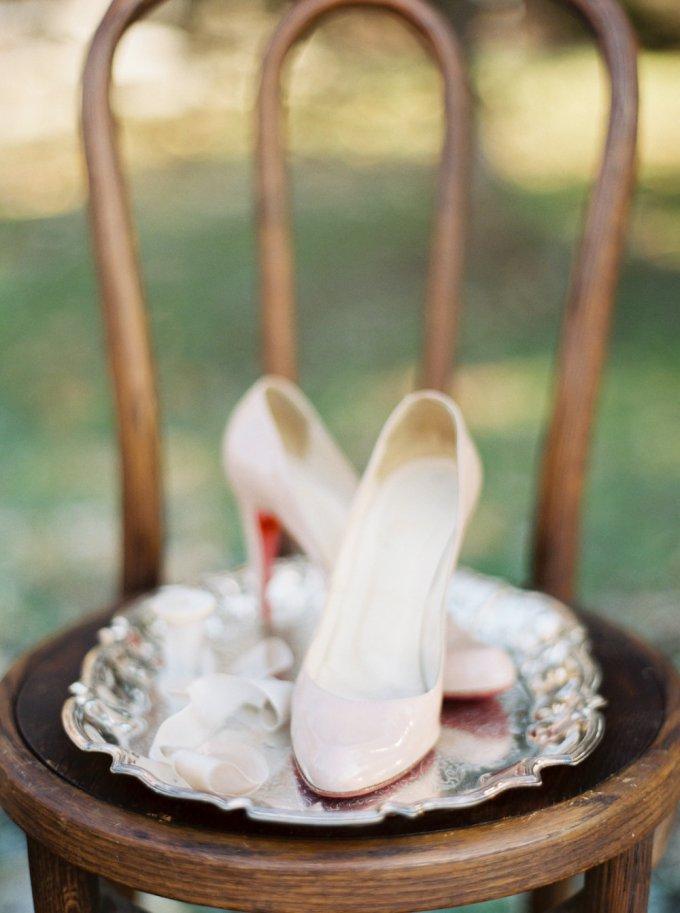 blush heels   Elizabeth Ngundue Photography   Glamour & Grace