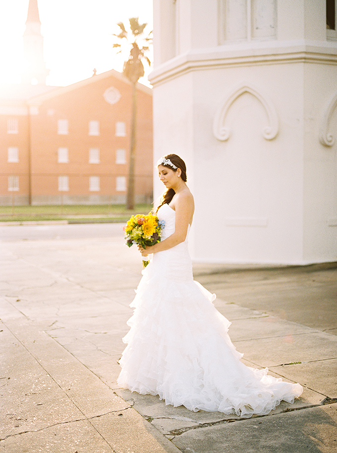 southern summer bridal session | Kristen Curette Photography | Glamour & Grace