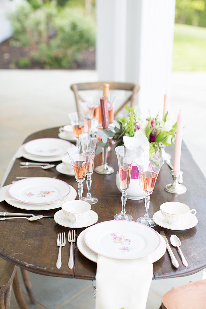 vintage pink wedding inspiration | Lindsay Fauver Photography | Glamour & Grace