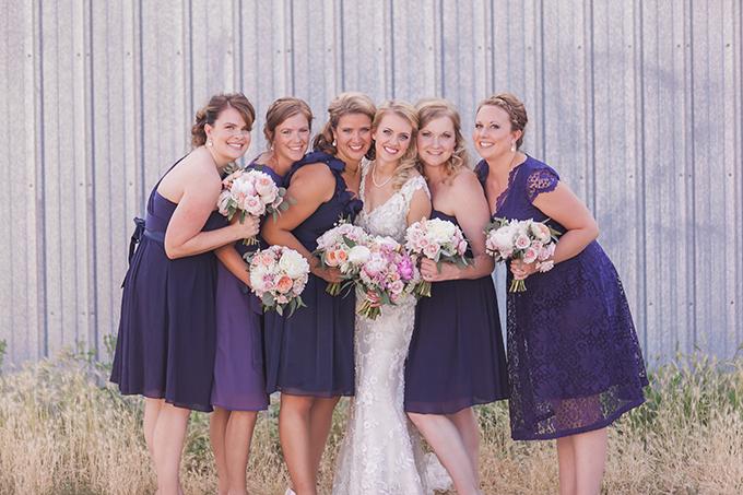 blue bridesmaids | Sara Lynn Photographic | Glamour & Grace