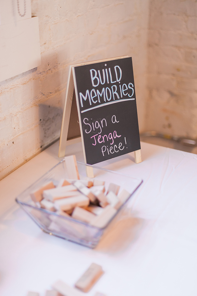 Jenga guest book | Sara Lynn Photographic | Glamour & Grace