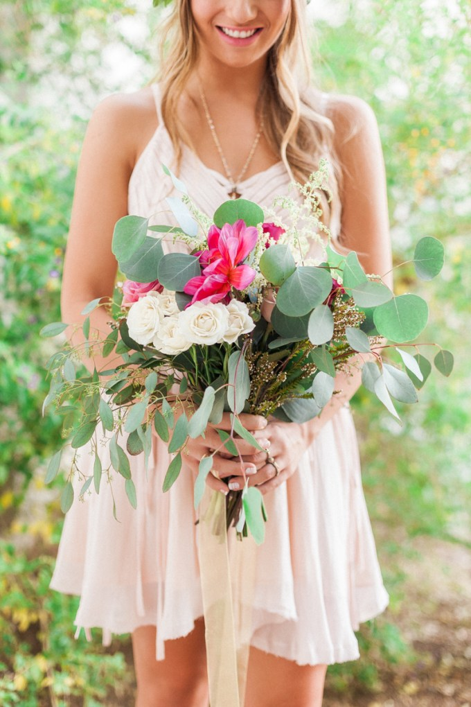 bridesmaid bouquet | April Maura Photography | Glamour & Grace