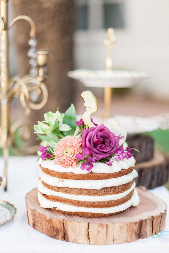 naked cake | April Maura Photography | Glamour & Grace