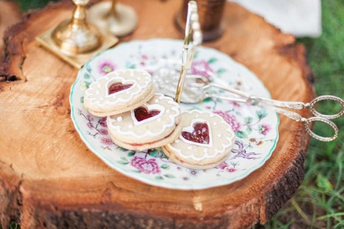 bohemian garden wedding inspiration | April Maura Photography | Glamour & Grace