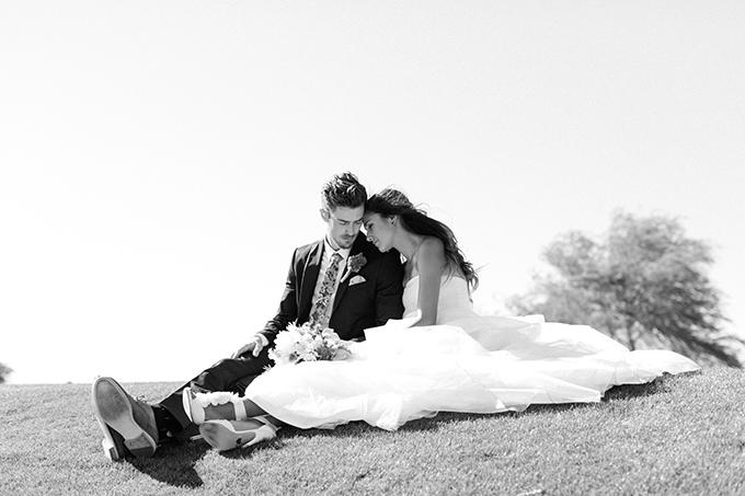 handmade blue wedding   Meg Ruth Photo   Glamour & Grace