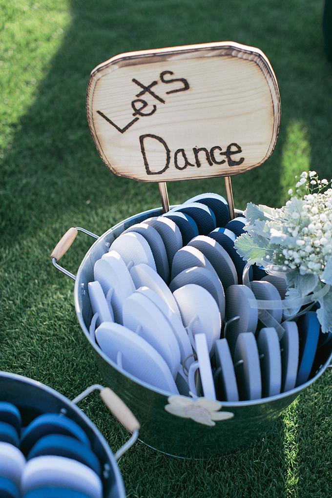 flip flops for dancing | Meg Ruth Photo | Glamour & Grace