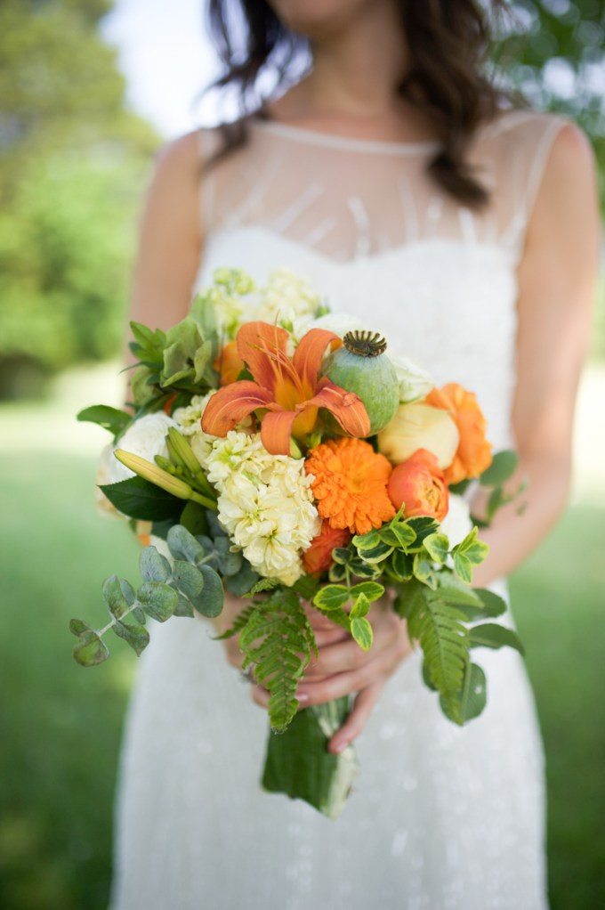 orange bouquet | Megan Noonan Photography | Glamour & Grace