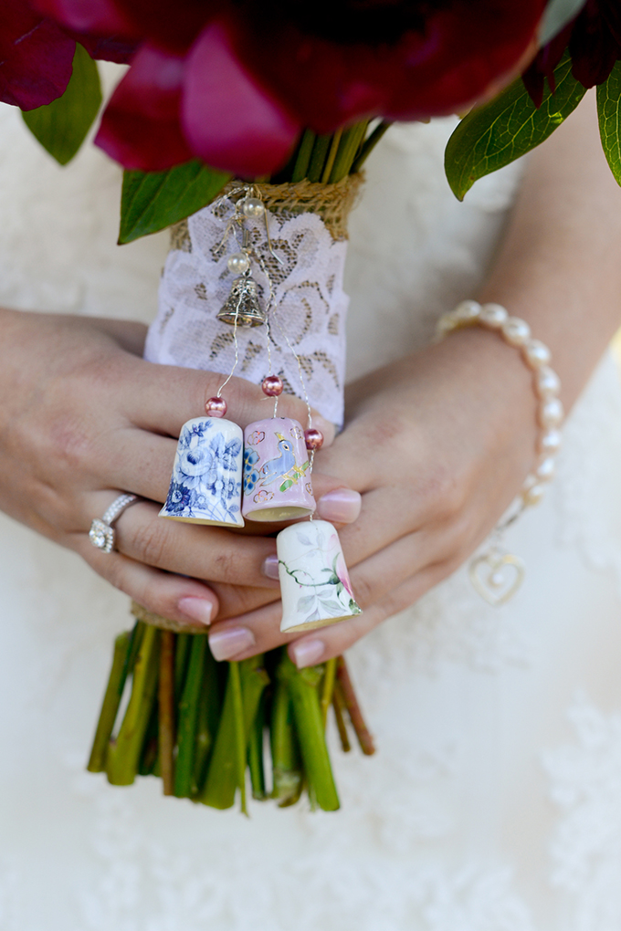 thimbles tied to bouquet | Eureka Photography | Glamour & Grace