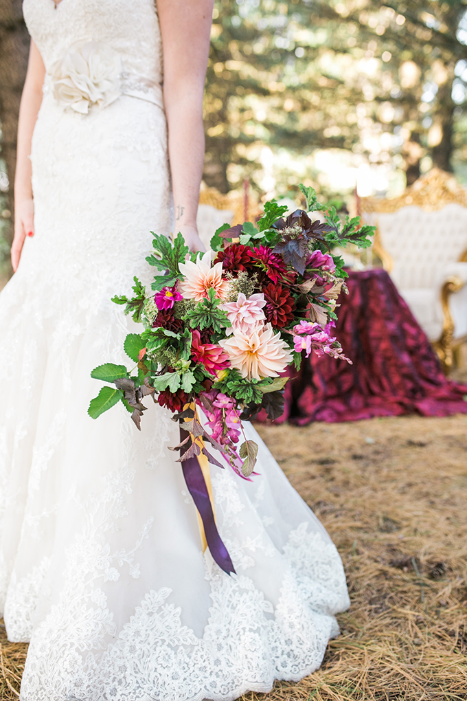 lush red and pink bouquet | Mandy Ford Photography | Glamour & Grace