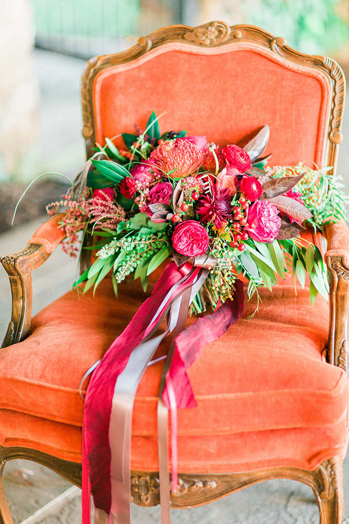 red bouquet | Mikaela Marie Photography | Glamour & Grace