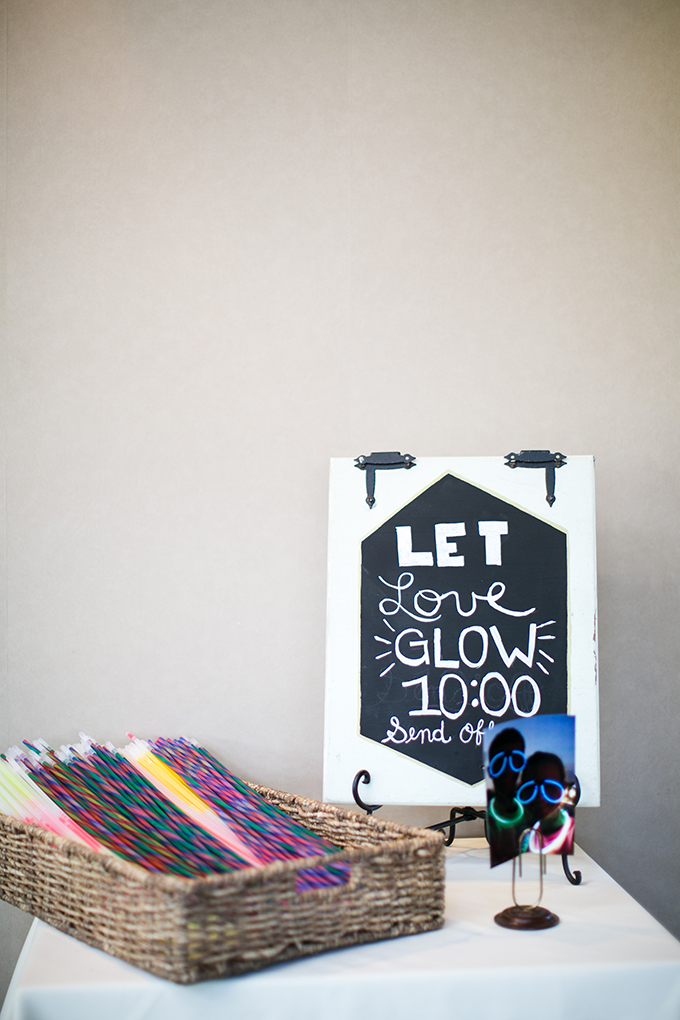 let love glow | Brianna Wilbur Photography | Glamour & Grace