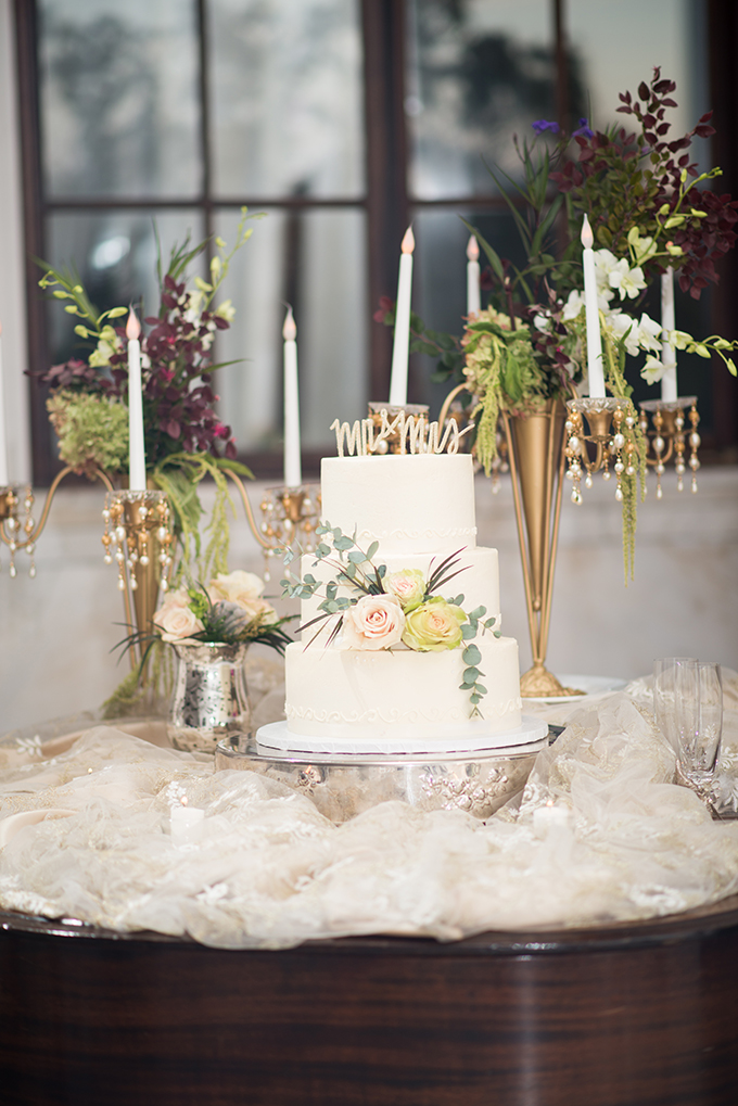 vintage courthouse wedding | Jill Doty Photography | Glamour & Grace