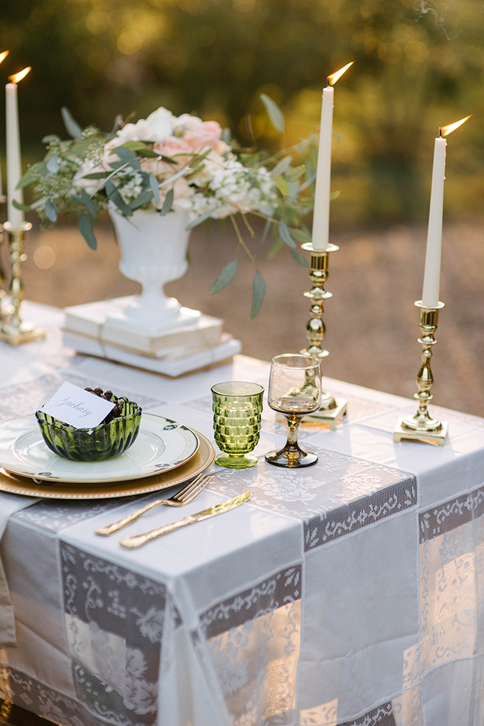 vintage winter wedding inspiration | Dani White Photography | Glamour & Grace