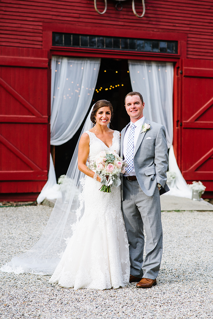 rustic backyard wedding | Bethany and Dan Photography | Glamour & Grace
