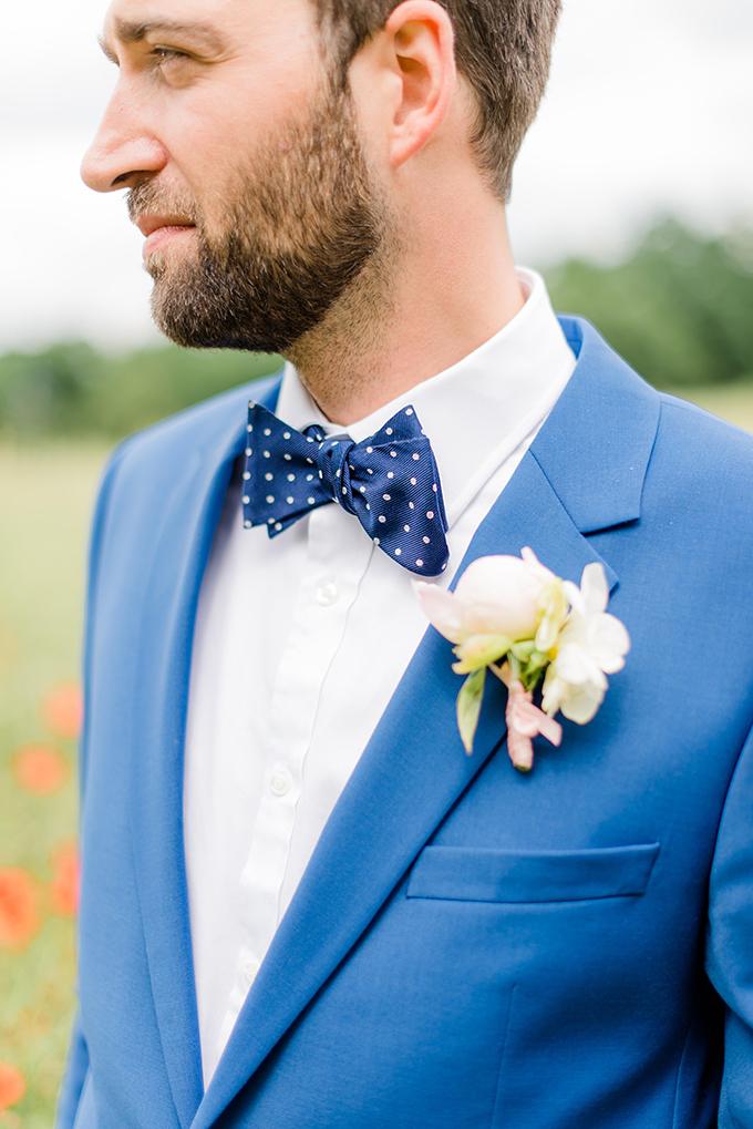blue suit groom | Baru La Photo | Glamour & Grace