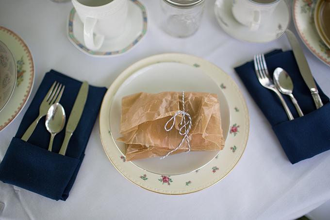 handmade barn wedding | Annie Steele Photography | Glamour & Grace