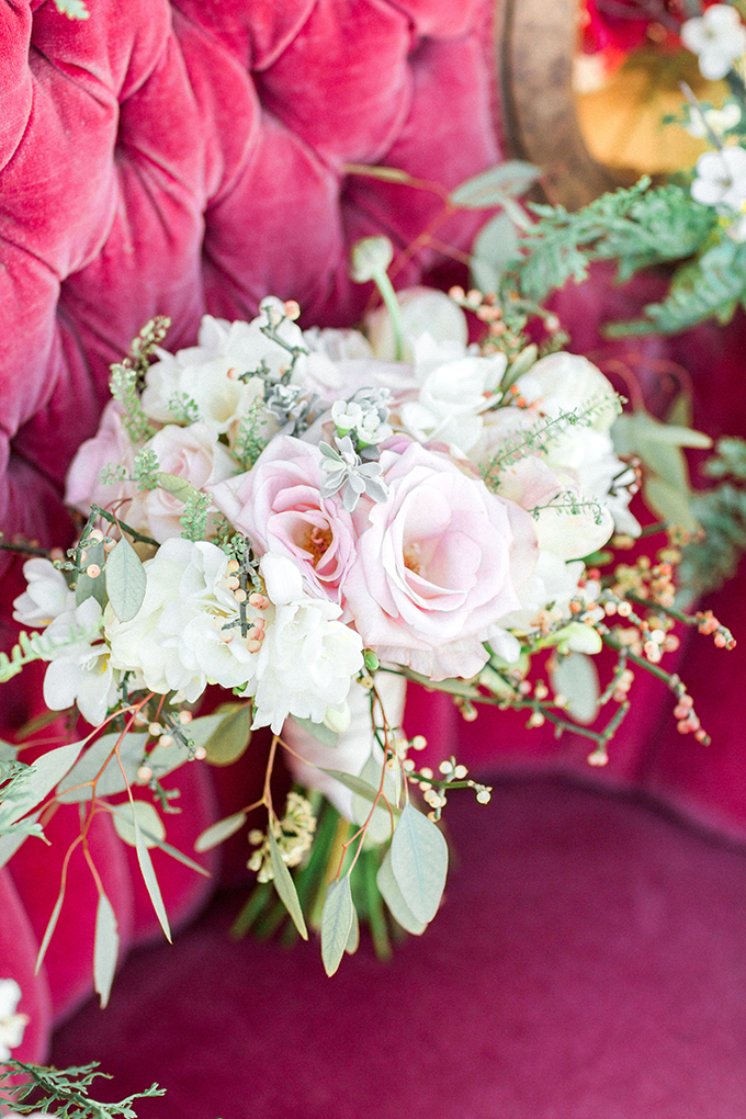 blush bouquet | Marie Cameron Photography | Glamour & Grace