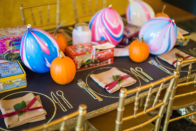 kids table | Tami & Ryan Photography | Glamour & Grace