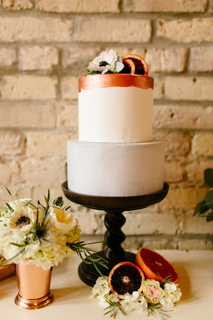 copper and gray wedding cake | Leah Fontaine Photography | Glamour & Grace