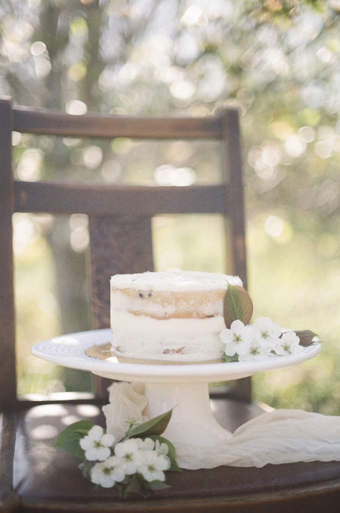 pear blossom wedding inspiration | Christine Gosch | Glamour & Grace